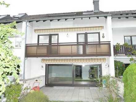 Schönes Haus in Bestlage von Eschborn, nah an Frankfurt, neu renoviert