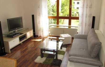 Wohnen auf Zeit: Sonnige, ruhige zwei Zimmer Wohnung in Augsburg, Hochzoll-Süd