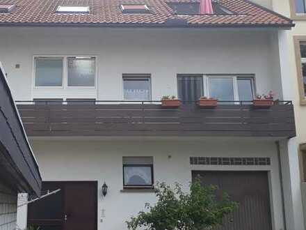 Voll vermietetes Dreifamilienhaus zum fairen Preis in beliebter Wohnlage!