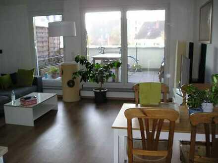 Helle 3 Zimmer Wohnung mit Balkon, Fußbodenheizung, Aufzug in Bonn-Beuel