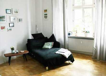 Exklusiv ausgestattete (unmöblierte) 4-Zimmer-ALTBAU-Whg in Essen, Frohnhausen