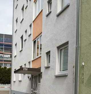 1-Zimmer-Wohnung / Küche / Bad / Flur / Balkon / Keller * 1. OG * zentrumsnahe Lage