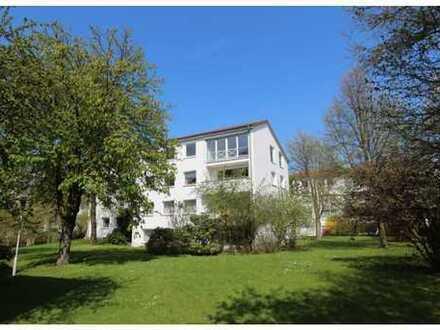 Großzügige, helle 5-Zimmer-Wohnung mit Loggia in Kirchrode