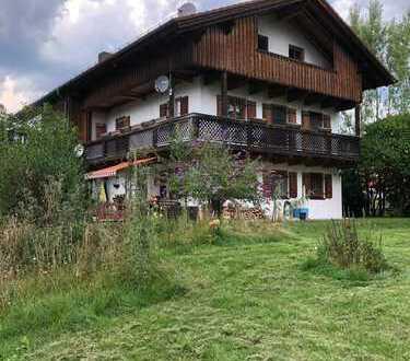 Doppelhaushälfte in Eurasburg mit sechs Zimmern, provisionsfrei, keine WG, nach Vereinbarung frei