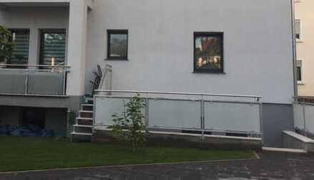 Erdgeschosswohnung mit Gartenanteil 3 ZKB 82 qm mit Balkon und Stellplatz in Sandhofen