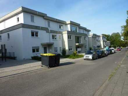 Bensberg, Neubau-Erstbezug im Staffelgeschoss, 2 Bäder, TG-Stellplätze optional