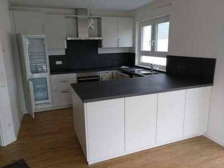 Moderne Doppelhaushälfte mit 6 Zimmern in Ilshofen (Krs. Schwäbisch Hall)