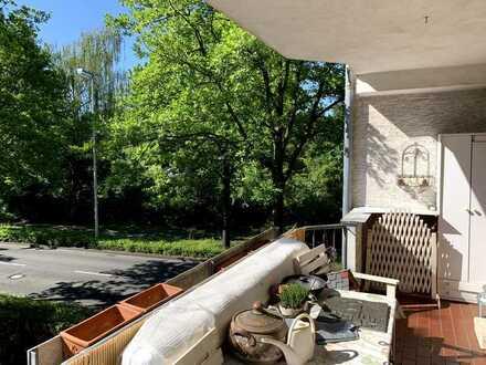Zwei-Zimmer-Wohnung mit Balkon in Friesdorf