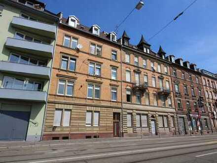 2-Zimmer-Wohnung mit Altbaucharme...