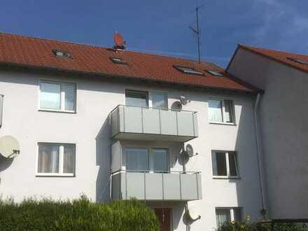 Immobilieninvestment: Dachgeschoss-Appartement mit PKW-Stellplatz