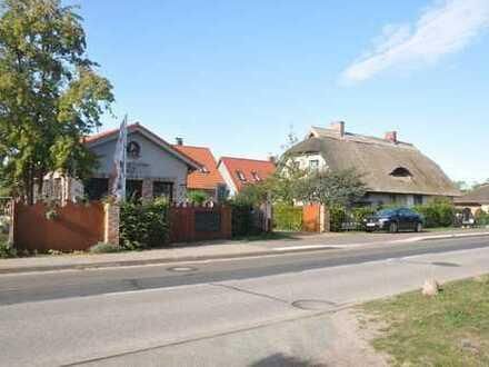 """""""3 auf einen Streich"""" - Wohn- und Gewerbeensemble in Neuendorf bei Zinnowitz"""