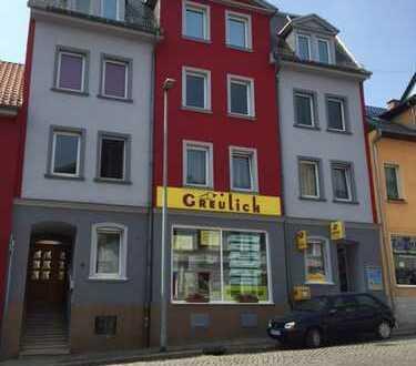 APOLDA: Sanierte 4-1/2- Raum- Wohnung im Apoldaer Stadtzentrum ab 1. März