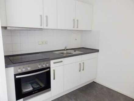Renovierte 3-Raum-Wohnung mit schicker Einbauküche zur Miete in Chemnitz