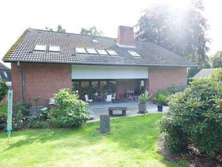 Großzügige Wohnung mit Gartengrundstück in Borby