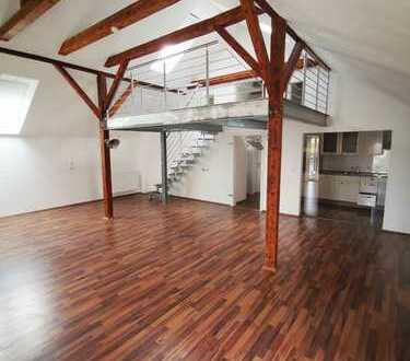 Schöne 2-Zimmer-Wohnung, EBK und Galerie