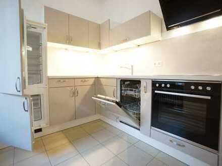 Bild_Ruhiges Apartment nahe Kudamm - Erstbezug nach Sanierung -Lift-Großer Balkon-Neuer Fußboden-BoschEBK