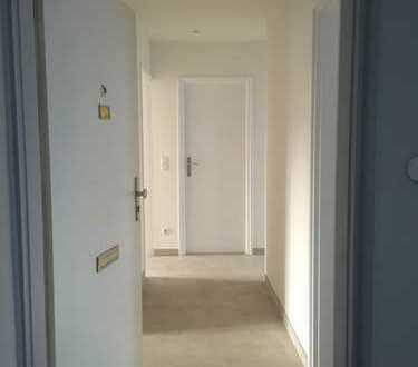 Helle, frisch sanierte 2,5-Zimmer-Wohnung in Obergiesing