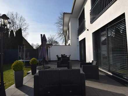 Stadtvilla mit edlem Anwesen-Flair und Top Austattung