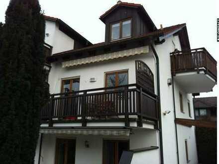 Möblierte 2-Zimmer-Wohnung mit zwei Balkonen