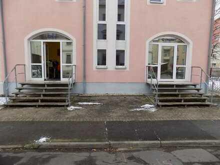 TOP! 2 kleine Gewerbe - große Schaufenster - Übigau