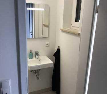 1.300 €, 140 m², 5 Room(s)