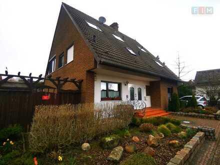 Solides Zweifamilienhaus mit Erweiterungspotential
