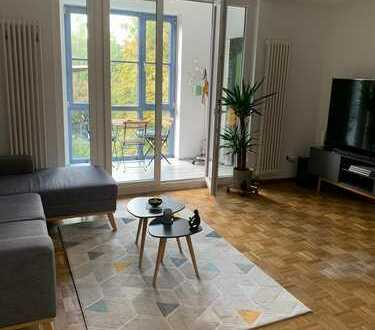 Stilvolle, gepflegte 2-Zimmer-Wohnung mit Wintergarten und Einbauküche - RESERVIERT