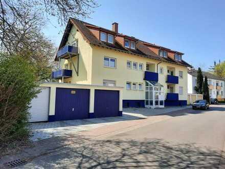 Für Kapitalanleger: Vermietete Wohnung in einmaliger Lage direkt am Schlosspark