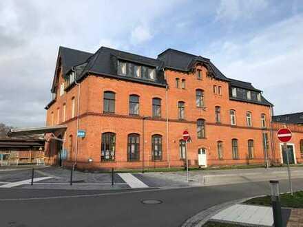 AB 2022! Ladenlokal in attraktiver Lage! Direkt im Bahnhofsgebäude! TEILBAR!