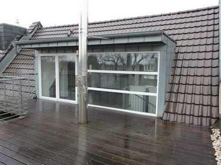 Kernsanierte Altbau-Maisonette Wohnung mit großer Dachterrasse