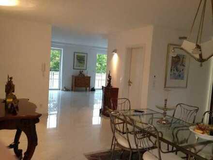 3-5-Zimmer-Luxus-Wohnung in Vaterstetten zum Selbstbezug *