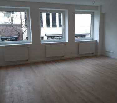 Erstbezug nach Sanierung - 3 Zimmer Wohnung in der Carlstadt