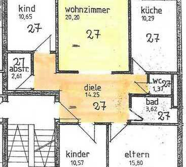 Gepflegte Wohnung mit vier Zimmern sowie Balkon und EBK in Nersingen