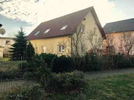 1.250 €, 154 m², 5 Zimmer