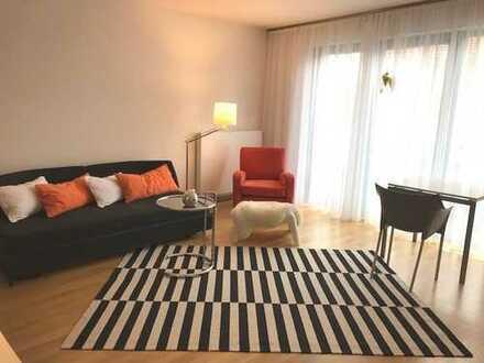 Auf Zeit: komplett möblierte 2-Zi-Wohnung mit Balkon, mitten in Bad Aibling, aber nicht laut.