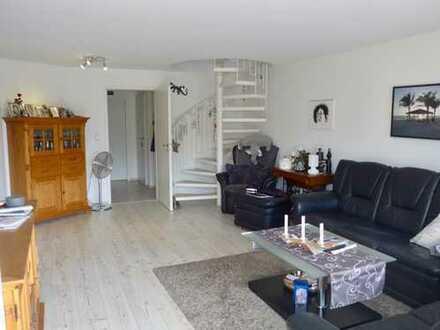 Kaarst-West: attraktive 3-Zi. Maisonette-Wohnung mit ca. 87 m² Grundtfläche