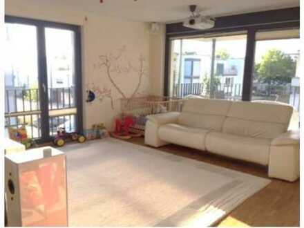 1,450 €, 80 m², 3 Room(s)