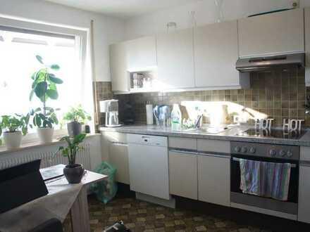 Talheim / TUT:Bezugsfreie, helle Dachgeschoss - Wohnung mit Einbauküche