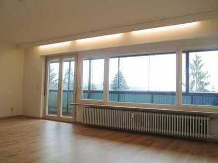 Renovierte 4- ZKB Wohnung inkl. Einbauküche
