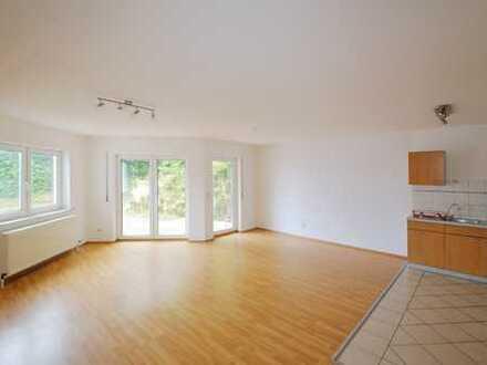 Kapitalanlage oder Zuhause - Zwei-Zimmerwohnung mit Terrasse und Stellplatz