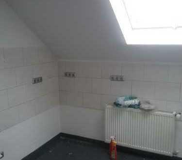 Schöne, sanierte 4-Zimmer-Dachgeschosswohnung in Bielefeld