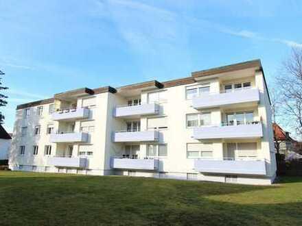 Grundlegend neu renovierte 3-Zimmer-Wohnung mit Balkon