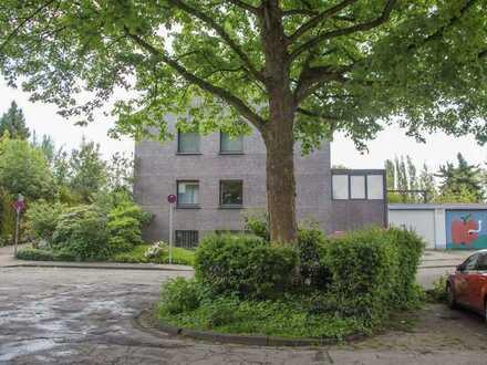 Schönes und gepflegtes 12-Zimmer-Reihenendhaus zur Miete in Heißen, Mülheim