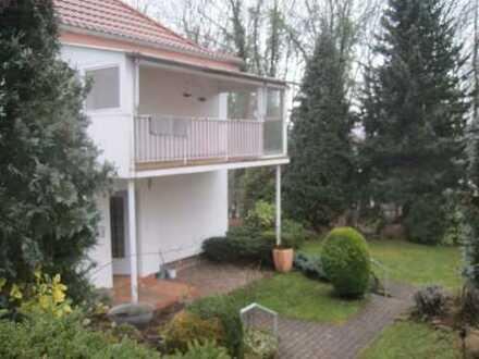 Schönes, geräumiges Haus mit vier Zimmern und einem 1 Zi Appartm in Zweibrücken, Zweibrücken (Stadt)