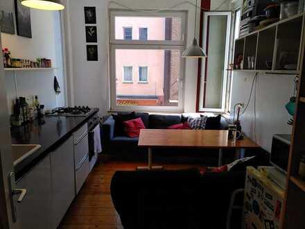 Gemütliches 14qm-Zimmer in Zentraler 4er WG