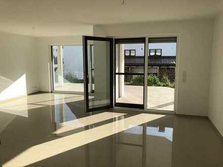 NEUBAU: 3,5-Zimmer-Whg. mit ca. 50 qm großer Terrasse, Südseite, EBK,Carport-Stellplatz in Nufringen