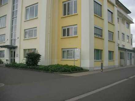 Bad Kreuznach, modernes helles Bürozimmer, direkte Anbindung A61,60,63, Stellplätze