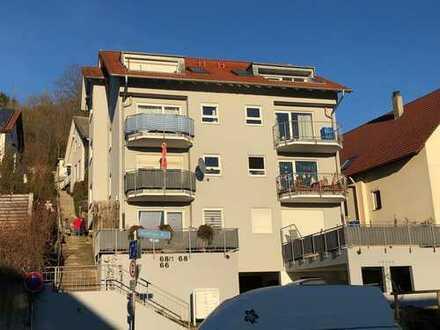 Stilvolle, gepflegte 2-Zimmer-DG-Wohnung mit Balkon und Einbauküche in Tübingen