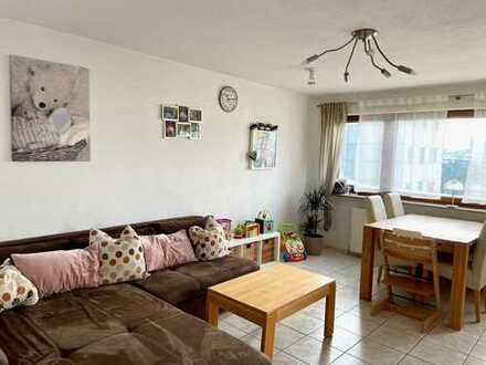Gepflegte 3-Zimmer-Wohnung mit Balkon und EBK in Kernen im Remstal