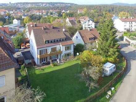 Wohnhaus mit 6 Einheiten und zusätzl. Baugrundstück für eine weitere Wohnbebauung